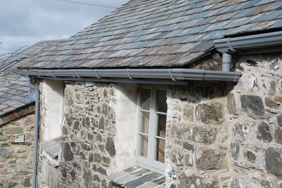 Aluminium guttering technical  support  by Marley Alutec